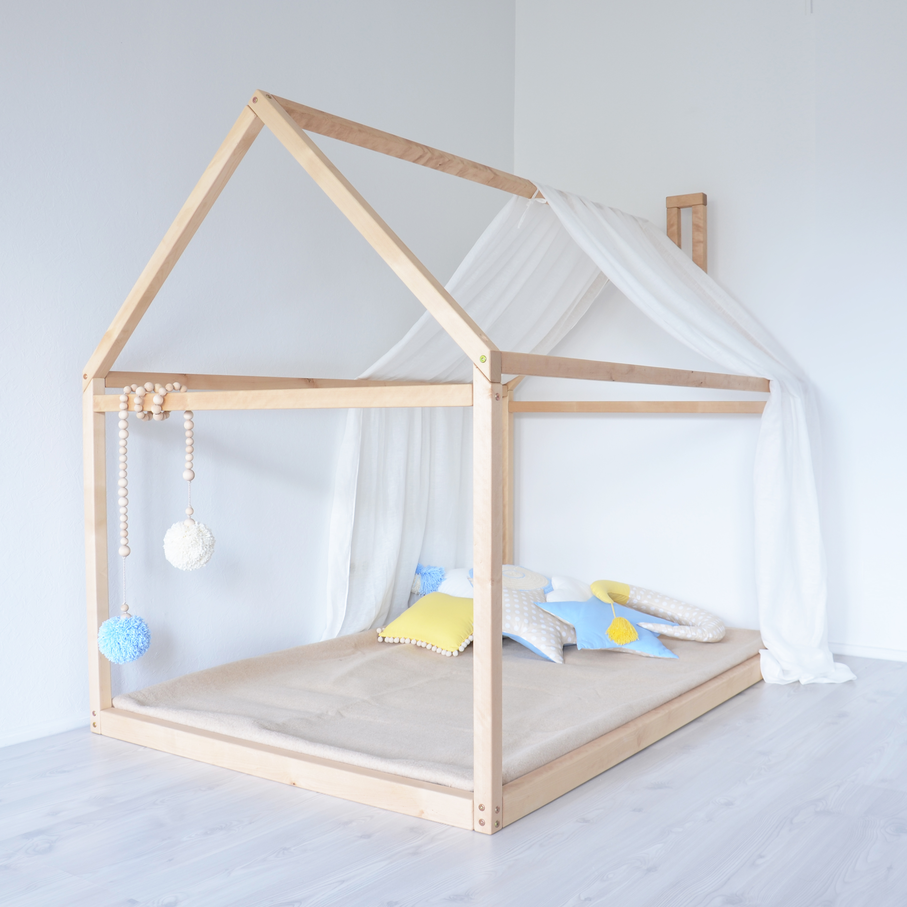 montessori toddler bed