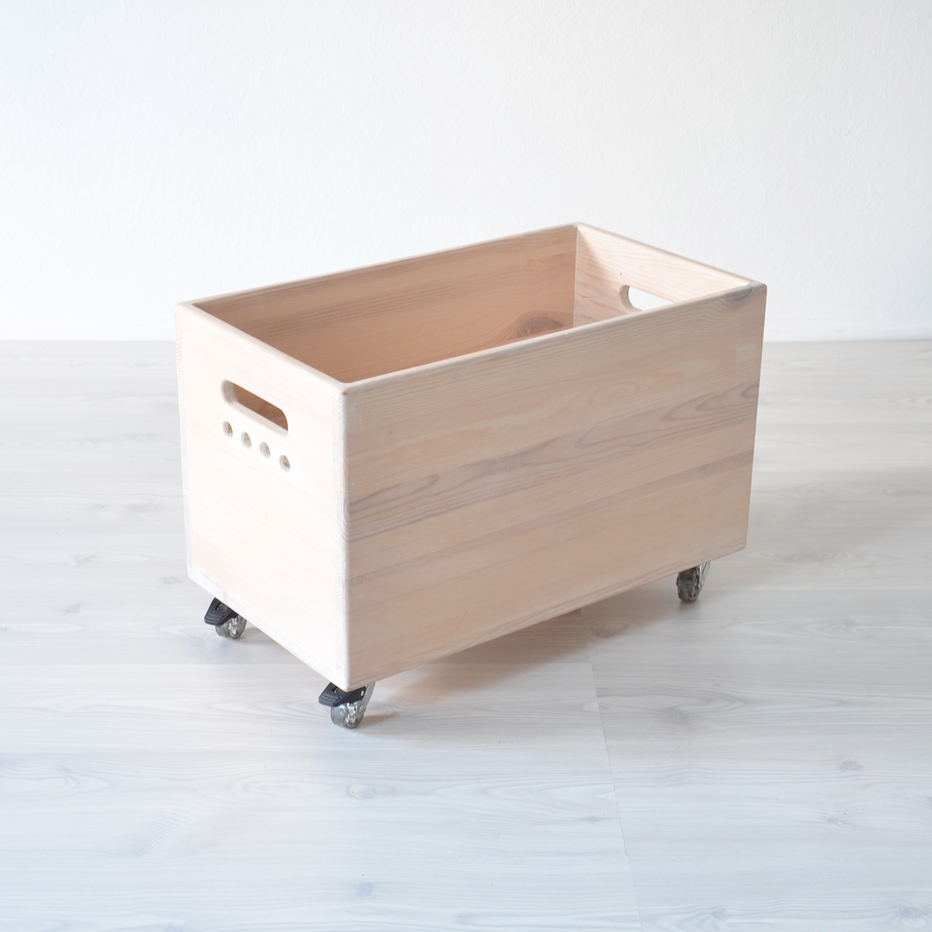 Wooden Toy Box Storage on Wheels - shopkidday
